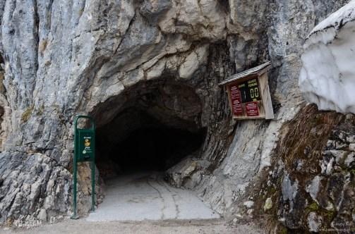 KRIPPENSTEIN - przed wejściem do jaskini lodowej
