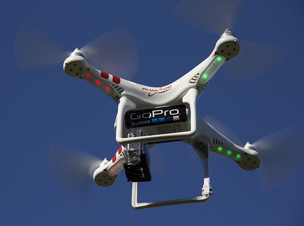 Phantom_GoPro-Close-Flight