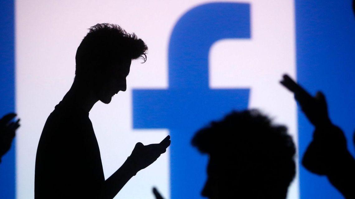 page facebook