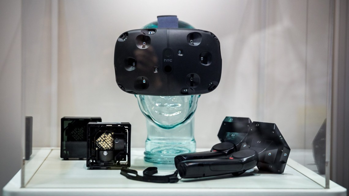 SteamVR-HTC-Vive-4