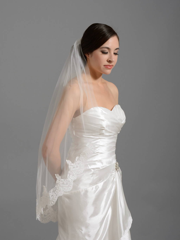 Elbow  fingertip alencon lace wedding veil V035