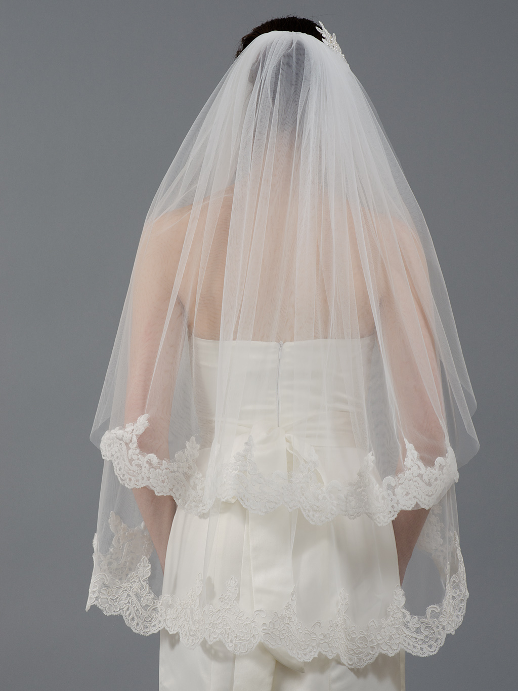 2tier ivory elbow alencon lace wedding veil V041