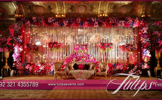 Electrifying Red Themed Pakistani Weddings By Tulips