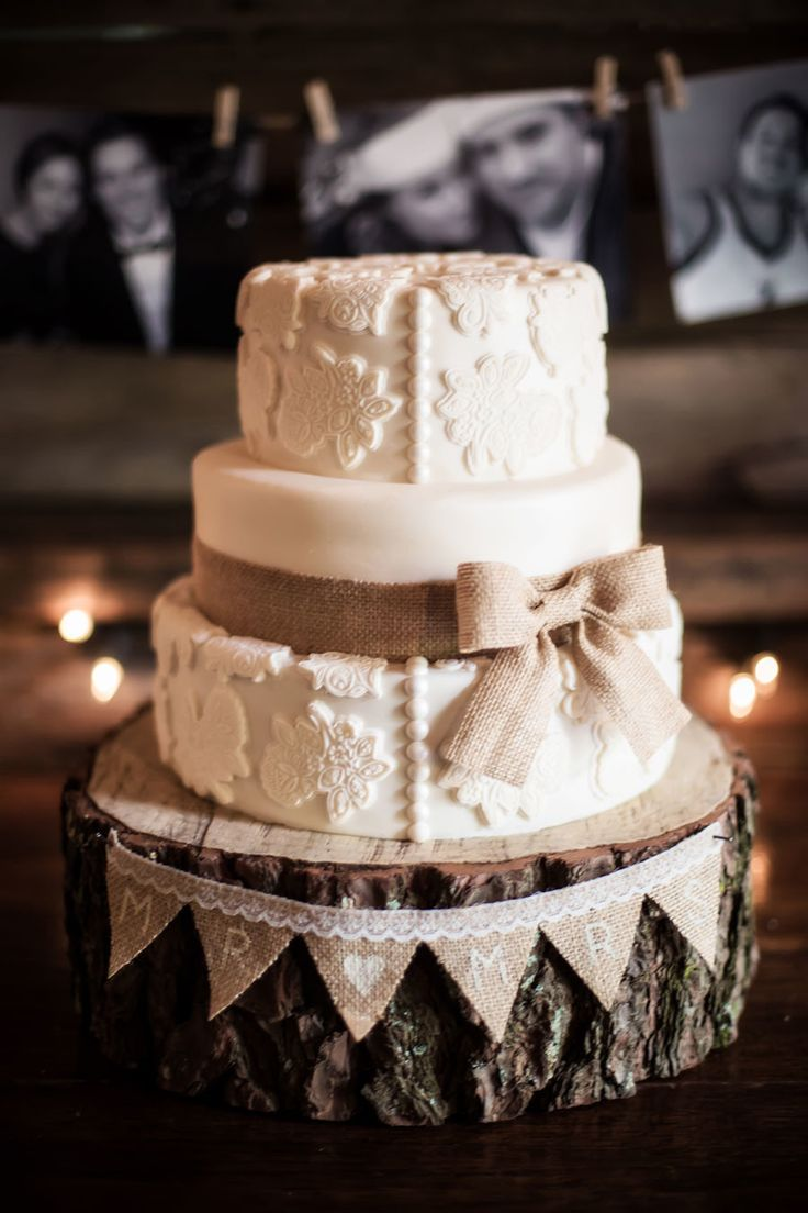 Vintage Lace Wedding Cake With Burlap Tulle Amp Chantilly