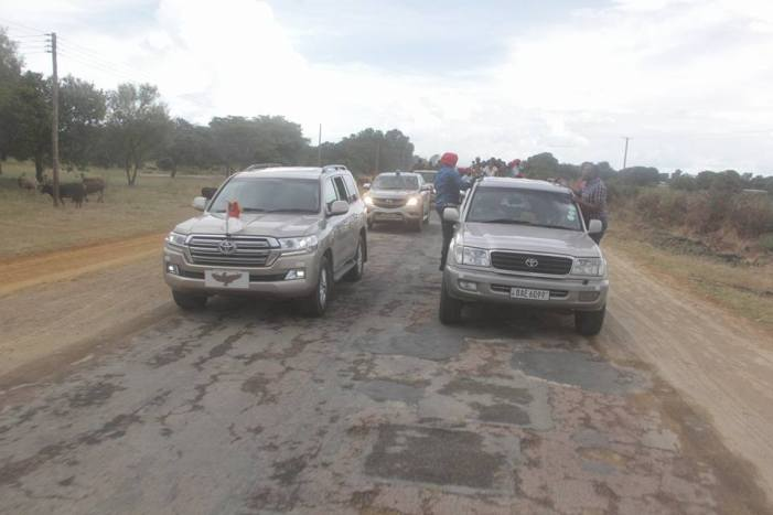 HH Fails To Give Way To Give Way To The Presidential Motorcarde