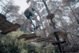 Bicicleta y Parque de Aventura