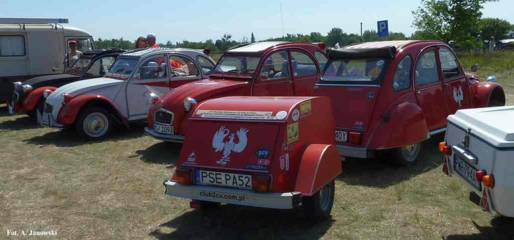 Citroen 37 Friends C2V Poland red rouge corsaire TuNaszeStrony Nasze Strony Pismo Magazyn Magazine Polonia Pologne