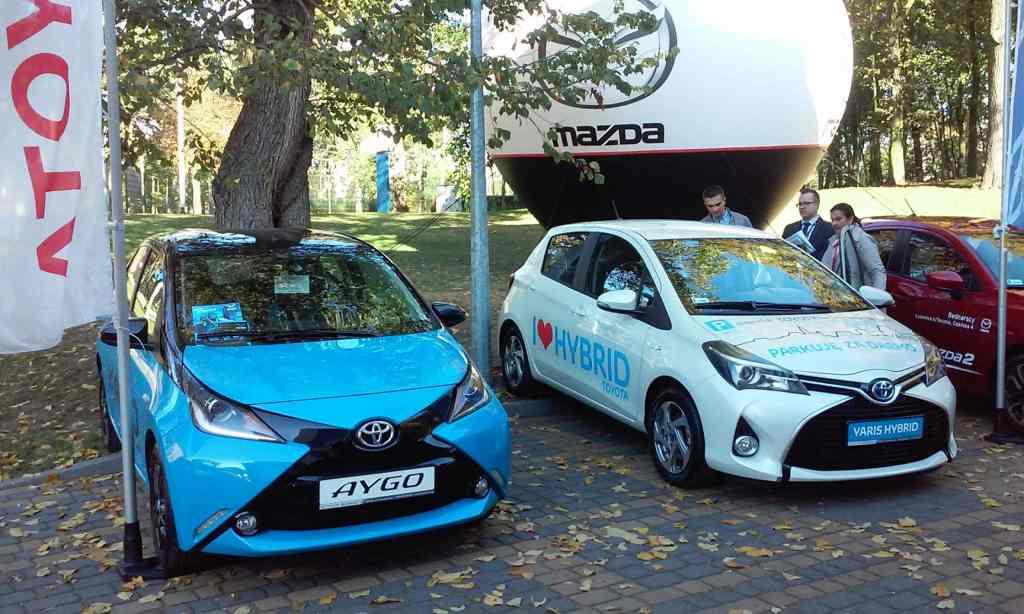 Targi Samochodowe Toruń 10.10.2015 Car Show Automobile Fairs Poland vehicle