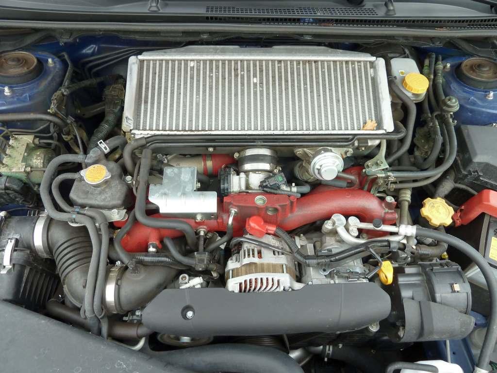 Subaru WRX STI silnik moteur motor poziomy horizontal horizontale chłodnica