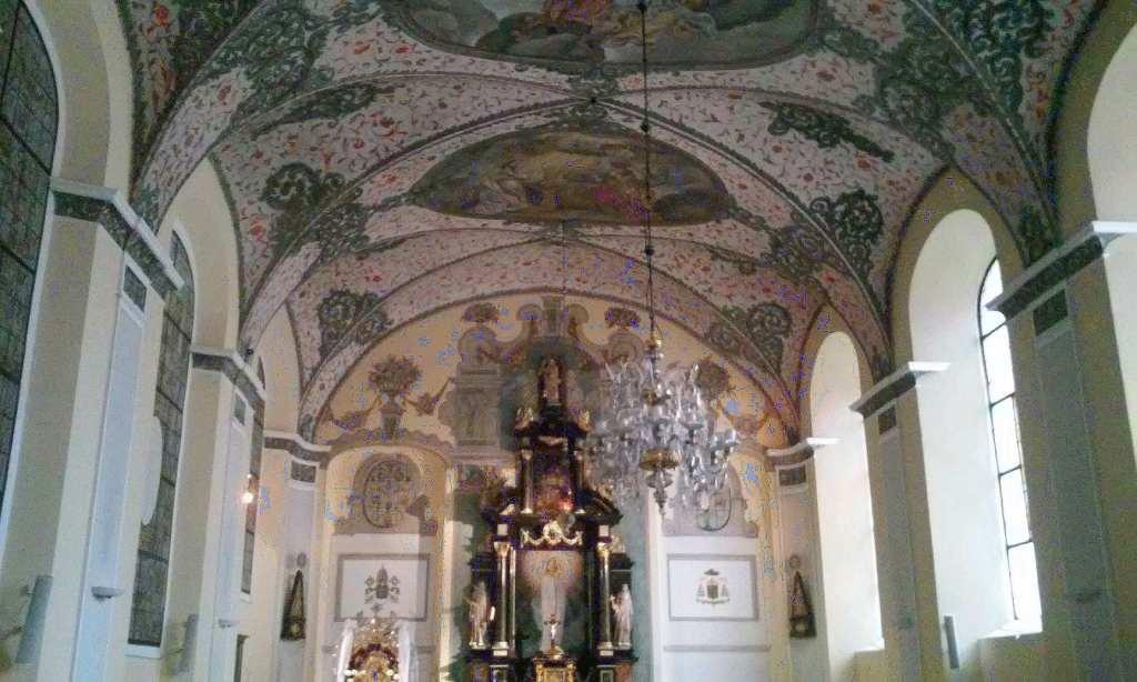 archikatedra-gdanska-oliwska-4-kosciol-pw-trojcy-swietej-nmp-i-sw-bernarda-w-gdansku-w-dzielnicy-oliwa