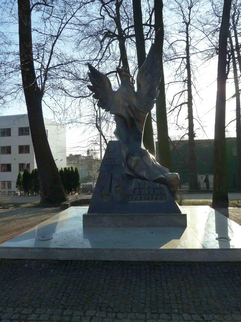 Bóg honor Ojczyzna Bei einer Okkupation oder Besetzung je nach Kontext auch Besatzung lateinisch occupare besetzen bevölkerten Gebiet II WW SS