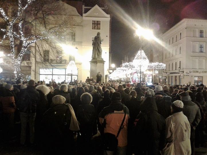 Toruń Pawła Adamowicza Paweł Cześć czci oczczono śmierć prezydenta Gdańska Kujawy Bydgoszcz Inowrocław