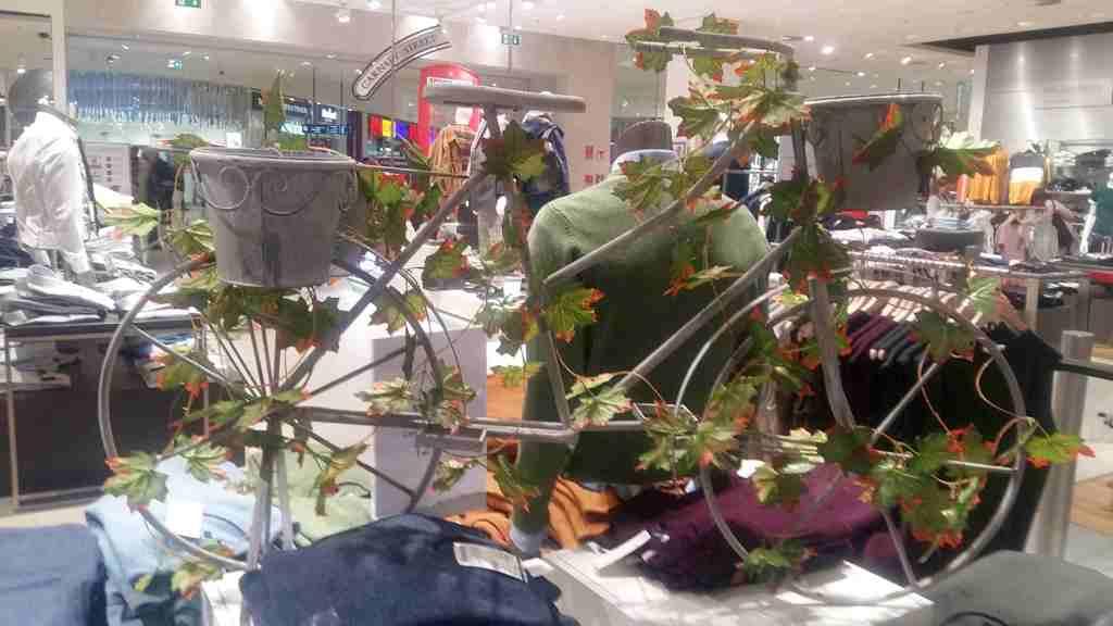 Flower Power Rower Rover Love Kwiat kwietny piękny galeria Poznań Polska Ino rowerowy masa