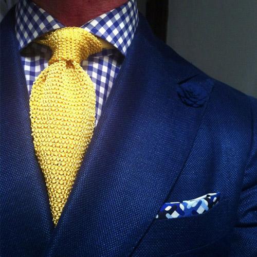 黄色 ネクタイ