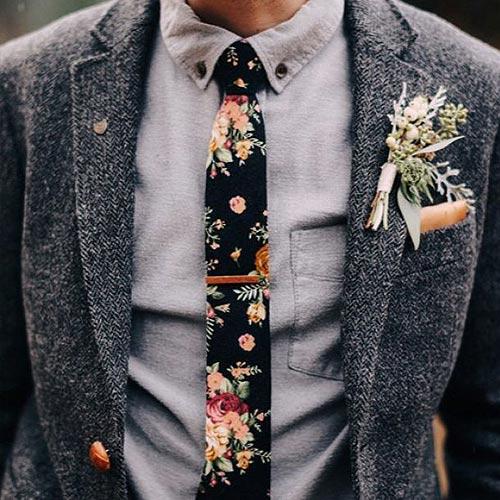 花柄ネクタイ