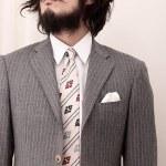 7種のネクタイ柄とスーツの合わせ方|26コーデ