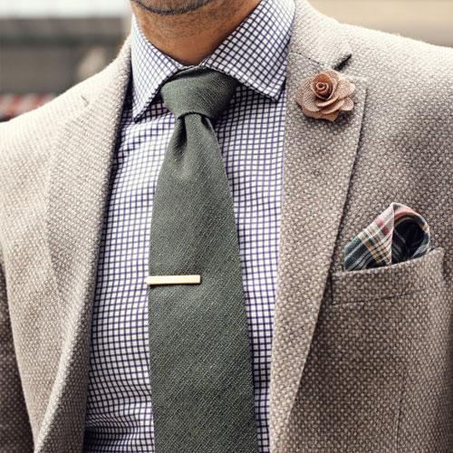 チェックシャツに合うネクタイ