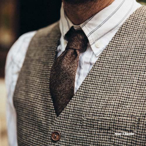 ストライプシャツに合うネクタイ