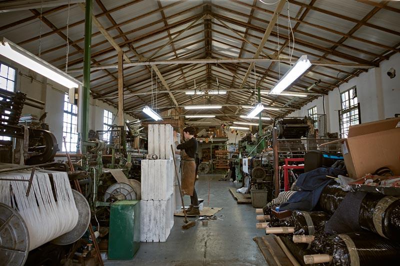 イギリスのレトロな織物工房