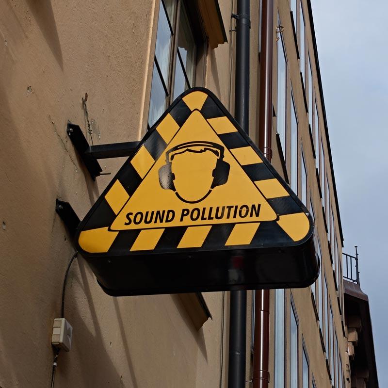 スウェーデンのロゴデザイン