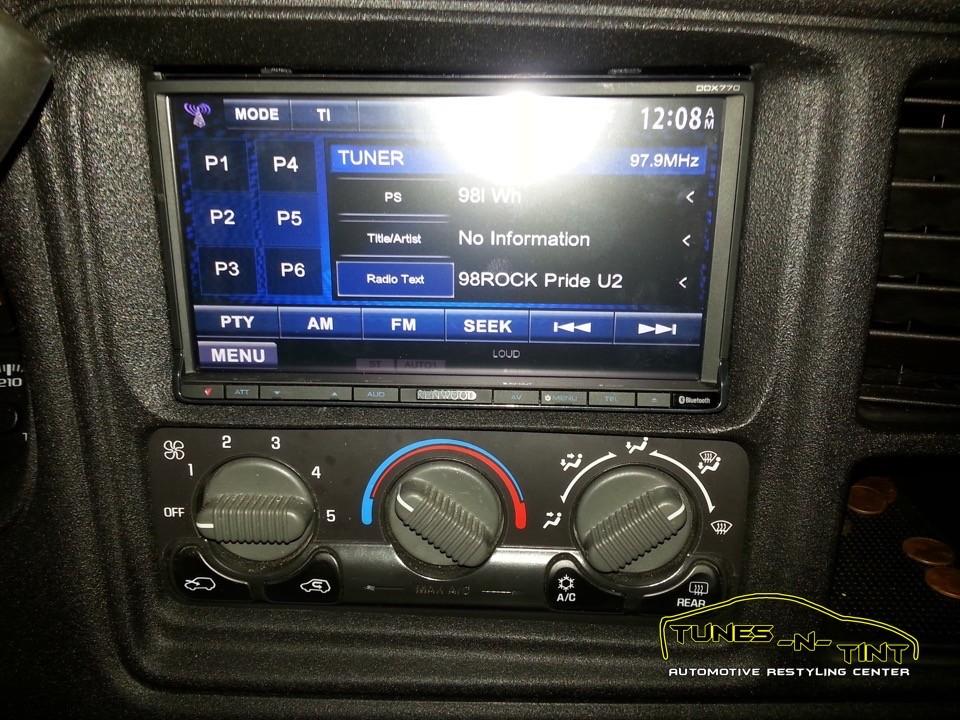 2003 Chevrolet Silverado  Custom Double Din  TunesNTint