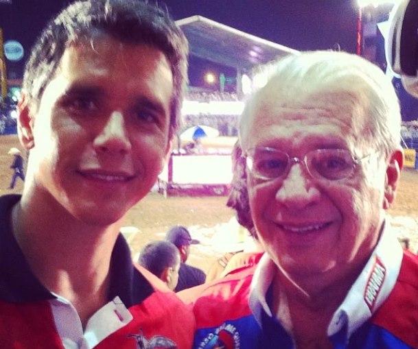 Pai de Marcio Garcia é internado na UTI com covid-19 - Super Rádio Tupi