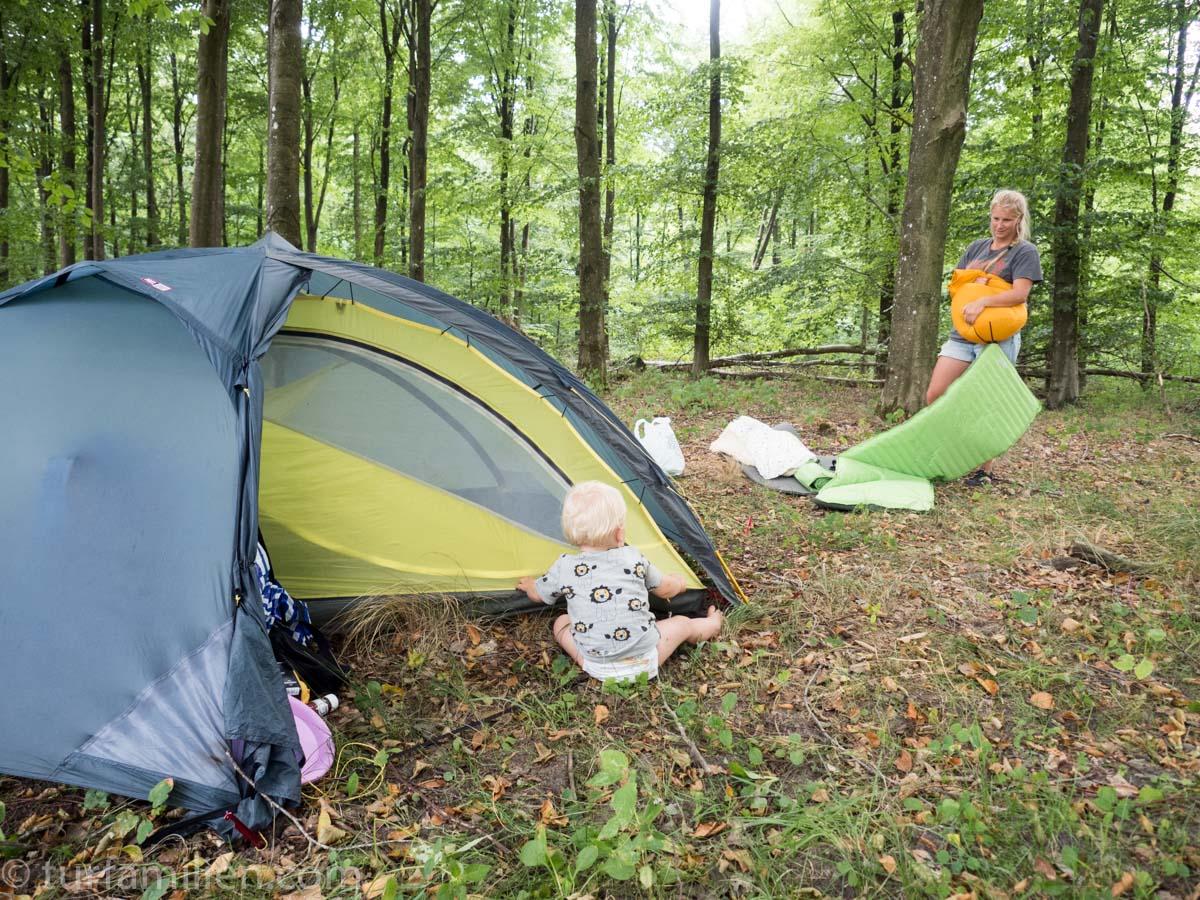 storsjøbadet camping svenske jenter