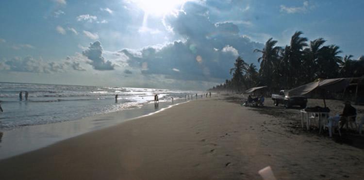 Playa Jardín y Playa Eréndira en Michoacán
