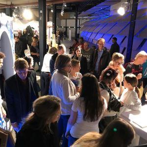 Opening To Kiss or not To Kiss op de Dutch Design Week – De Haagse Hogeschool
