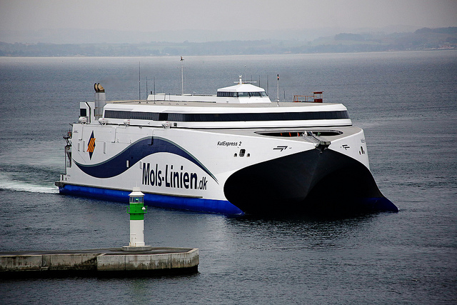 Molslinjen overtager i september sejladsen til Bornholm efter Færgen. En ny rabataftale sikrer flere penge til Destination Bornholm, jo flere rejsende der kommer med færgen til øen. (Foto: Molslinjen)
