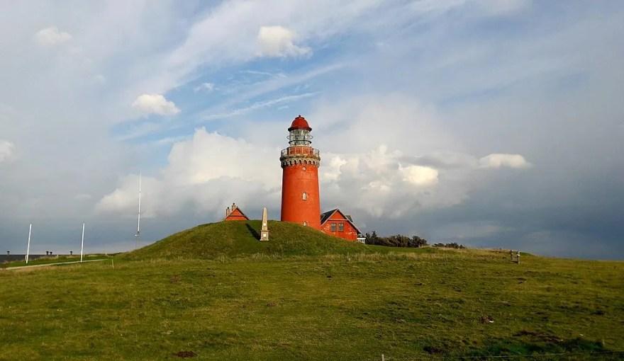Bovbjerg Fyr er en af de helt store attraktioner i Lemvig. Lemvig-Thyborøn høstede en 5% fremgang i feriehusovernatninger i 2018. (Foto: Ragnar1904)