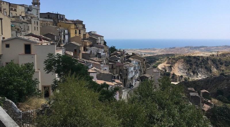 Il borgo di Badolato