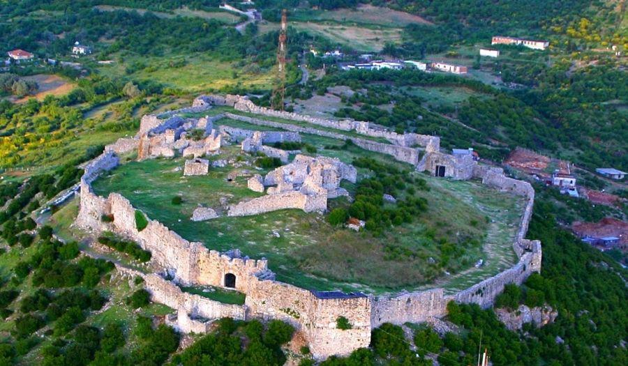 Il Castello Di Alessio