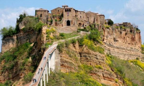 Salvate Civita di Bagnoregio prossimo sito Unesco
