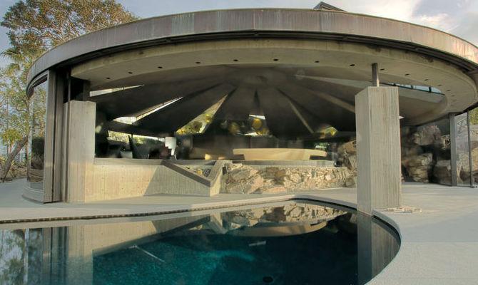 Palm Springs in vendita la villa di James Bond