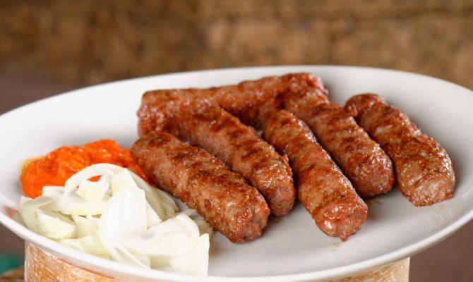 Cevapcici le ghiotte salsicce dei Balcani