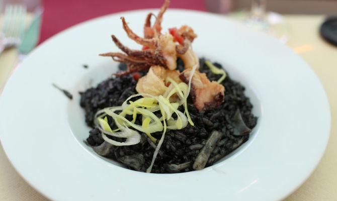 In Croazia il riso al nero di seppia  speziato