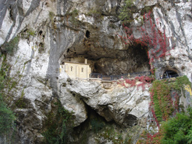 cueva_covadonga.jpg