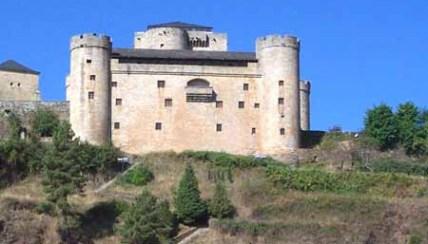 castillo-sanabria1.jpg
