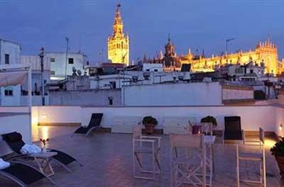 Semana Santa en Sevilla con High Tech Hoteles
