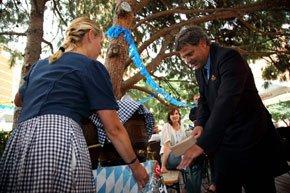 El Biergarten del Gran Hotel Princesa Sofia da comienzo a la Oktoberfest 1