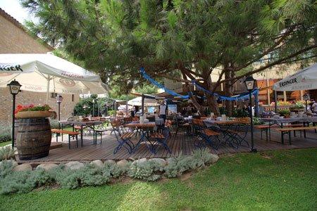 El Biergarten del Gran Hotel Princesa Sofia da comienzo a la Oktoberfest 4