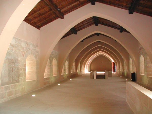 Alojarse en un monasterio