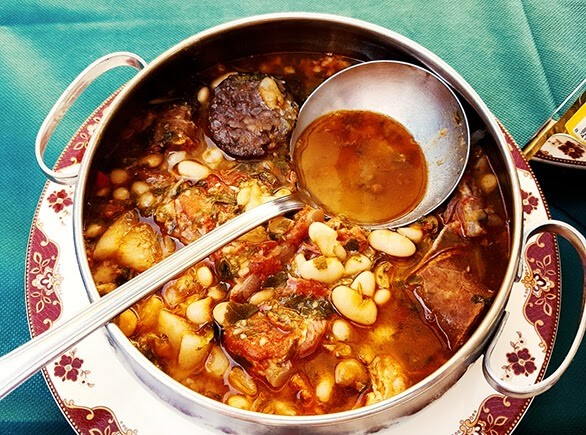 platos tipicos de cantabria el cocido montañés receta