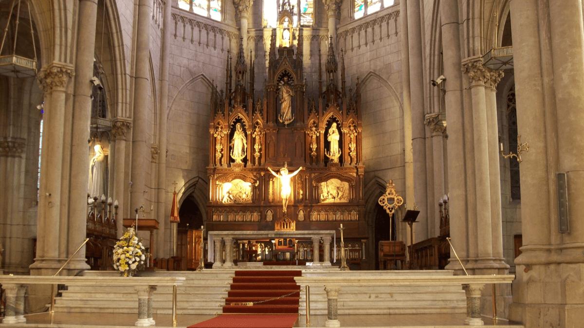 Mar del Plata retablo mayor de la catedral