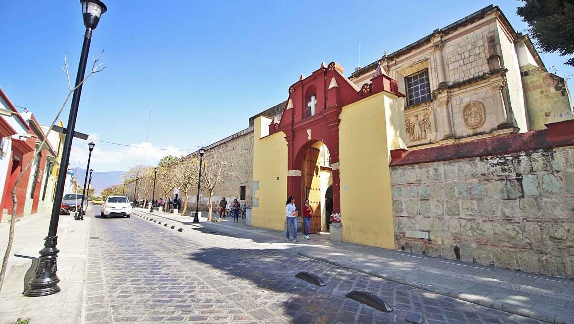 visitar Oaxaca en México Templo y ex convento del Carmen Alto