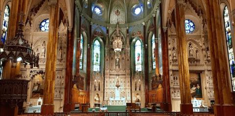 Interior de la catedral de Saint George