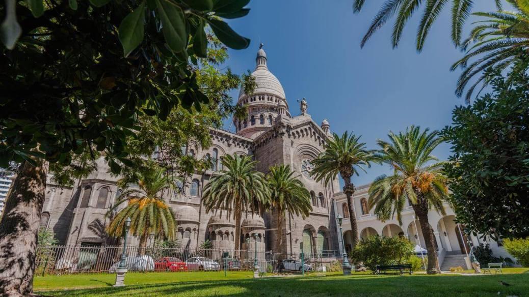 basilica de los sacramentinos turismo religioso en chile
