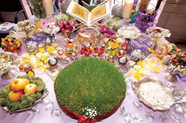 Mesa de celebración del Nowruz