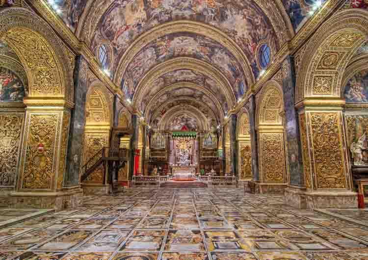 catedral de malta interior